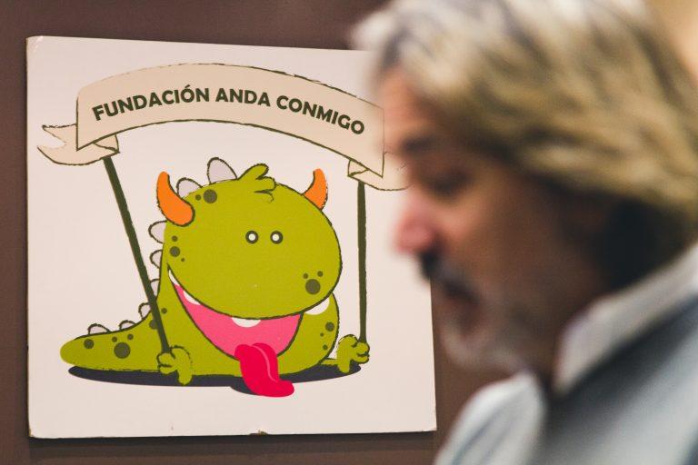Anda conmigo, Javier Bergón