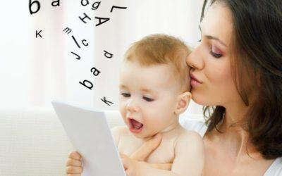 ¿A que edad debe empezar a hablar mi hijo?